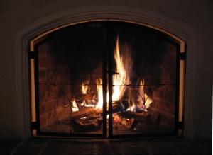 www.realestatewithcarmine.com - Fireplace