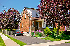 Home For Sale in Oshawa