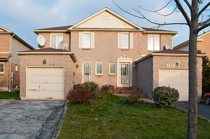 1486 Anton Sq., Pickering