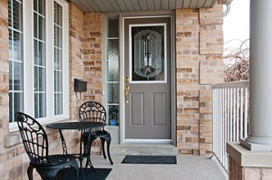 96 Shenandoah Dr., Whitby - Front Porch'