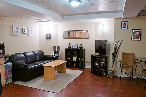 1533 Clearbrook Dr., Oshawa - In-Law Suite
