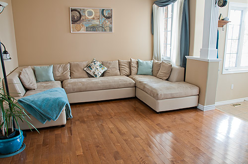 1533 Clearbrook Dr., Oshawa - Living Room