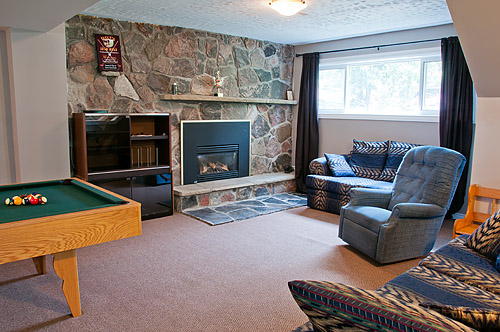 Raised Bungalow For Sale In Kawartha Lakes
