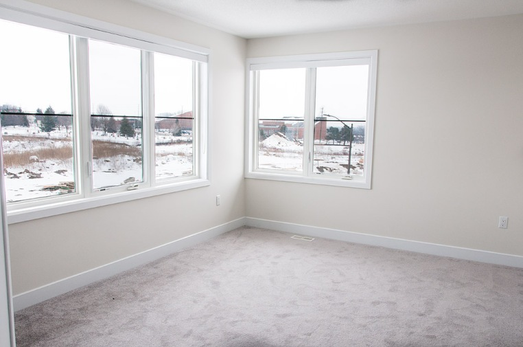 53 Barrister Ave., Whitby
