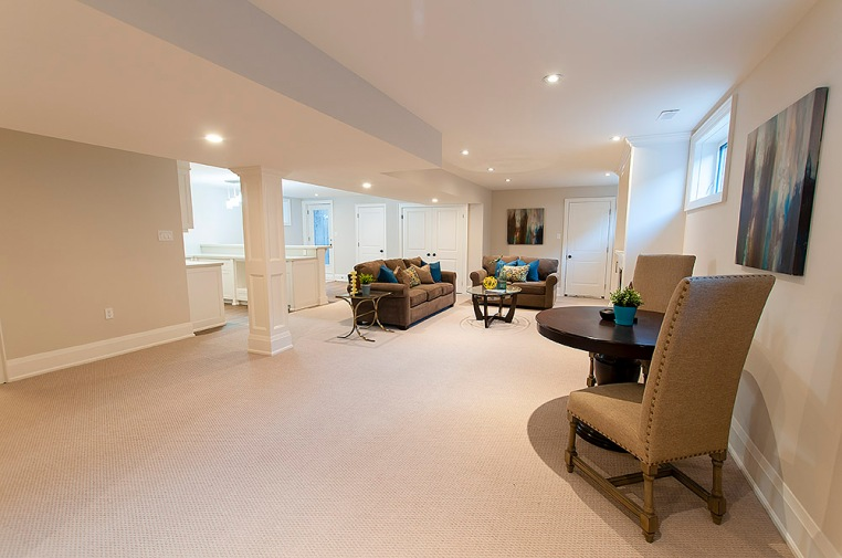 715 Hickory St. North, Whitby - Rec Room