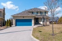 22 Hawley Cres., Whitby