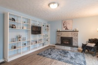 890 Cumberland Ave., Peterborough - Family Room