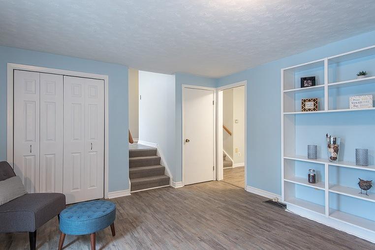 890 Cumberland Ave., Peterborough - Family Room