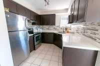 194 Gas Lamp Lane - Kitchen