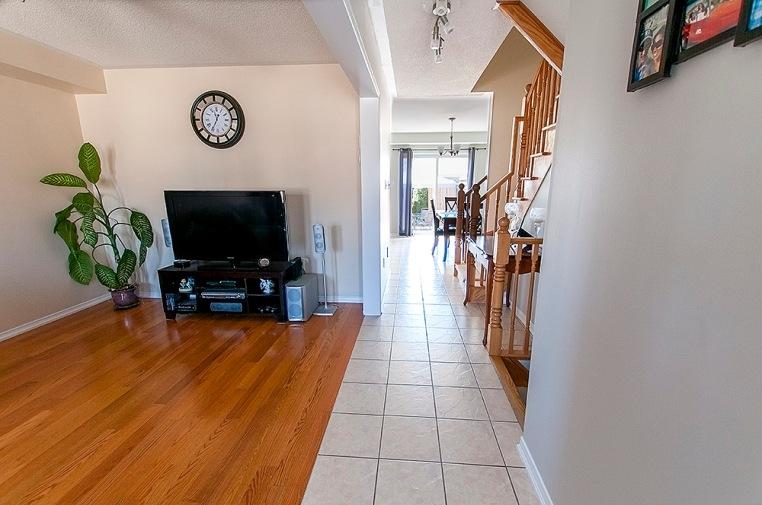 194 Gas Lamp Lane - Living Room