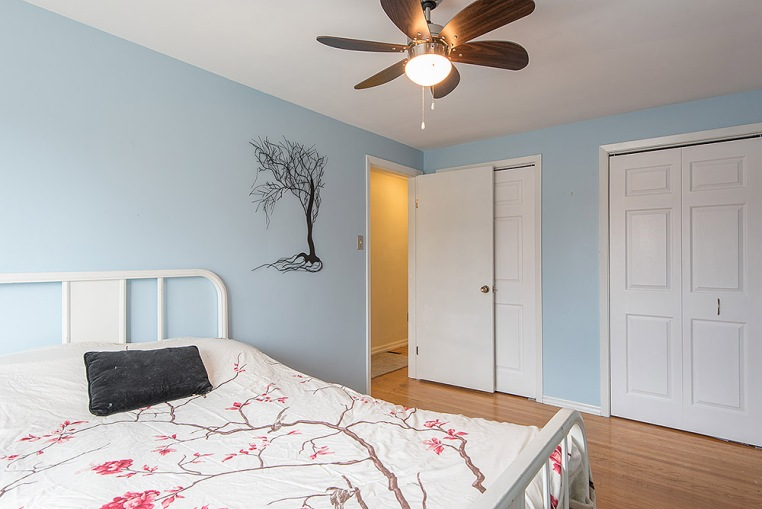 890 Cumberland Ave., Peterborough - Master Bedroom