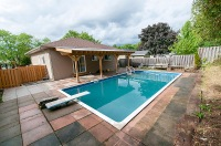 929 Dublins St., Whitby - Pool