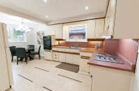 189 Lawson Rd. Scarborough - Kitchen