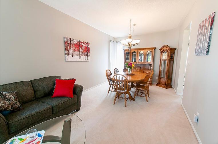 1034 Glenbourne Dr., Oshawa - Living Dining Room