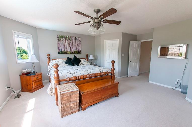 1034 Glenbourne Dr., Oshawa - Master Bedroom