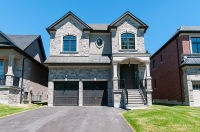 717 Hickory St North, Whitby